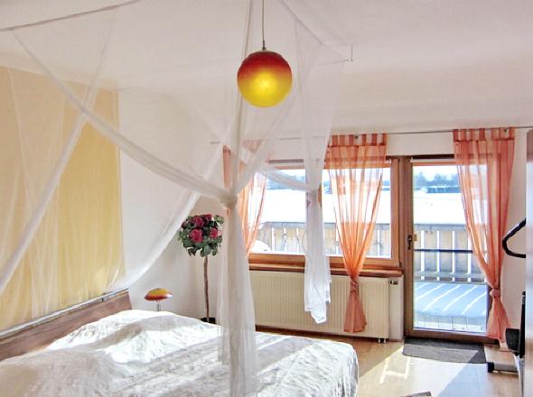 Schlafzimmer I 1