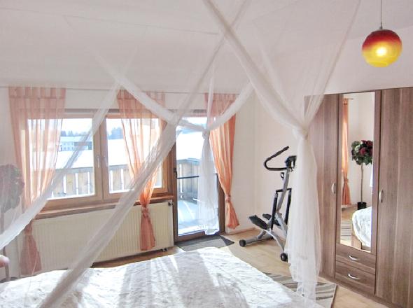 Schlafzimmer I 2